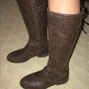 Shoes - women's brown leather boots